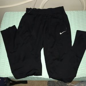 Nike joggers size small